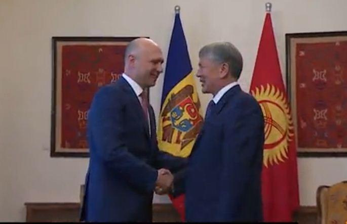 Александр Лукашенко прибыл вКыргызстан