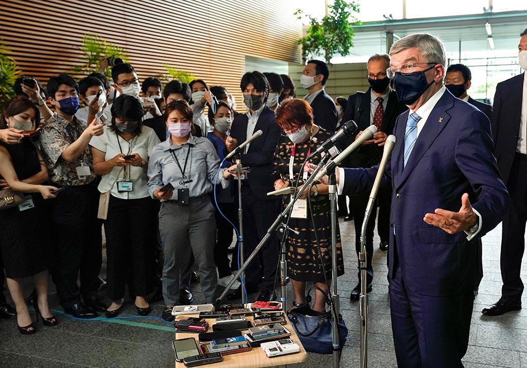 Глава МОК Бах предупредил о недопустимости политических протестов на подиуме Игр в Токио
