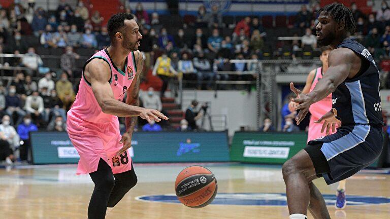«Зенит» сравнял счет в серии с «Барселоной» в четвертьфинале Евролиги