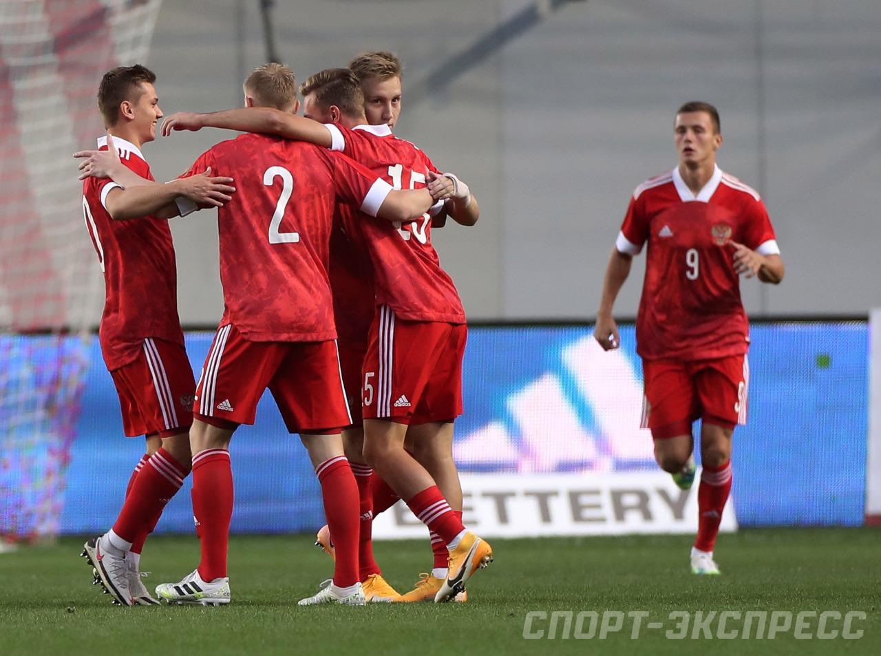 футболисты сборной россии богачи фото надеемся