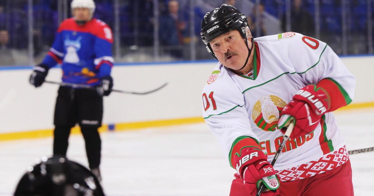 Лукашенко о «Динамо» — СКА: Вы же видели судейство. Просто сломали игру, несправедливо и некрасиво