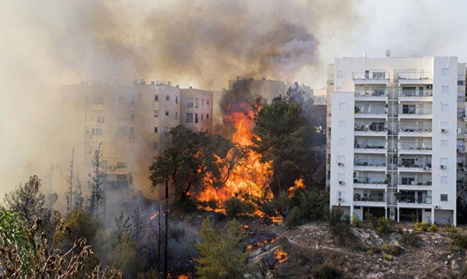 Эвакуированы десятки тыс. граждан — Пожары вХайфе