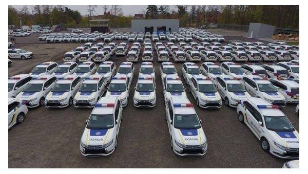 В Украинское государство поступила первая партия авто Митцубиши для Нацполиции,— Аваков