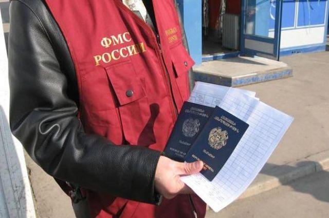 ВТатарстане группа чиновников регистрировала иностранцев уумерших жителей