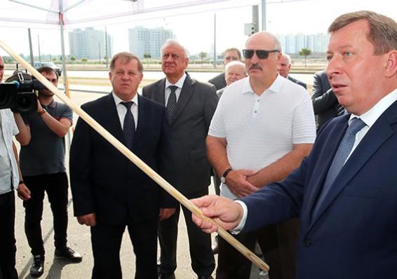 Лукашенко поручил привести впорядок аэропорт вБресте