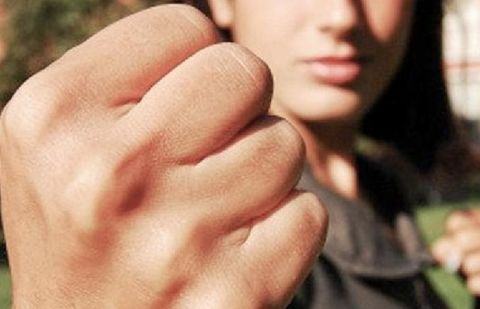Насилие пьянных девушек видео 3 фотография
