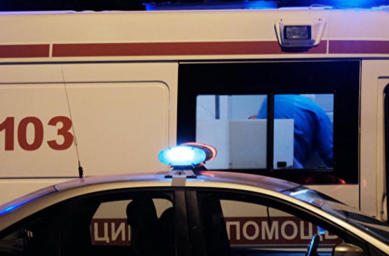 Из-за ночного ДТП в клинике оказались трое жителей Молдовы идве украинки