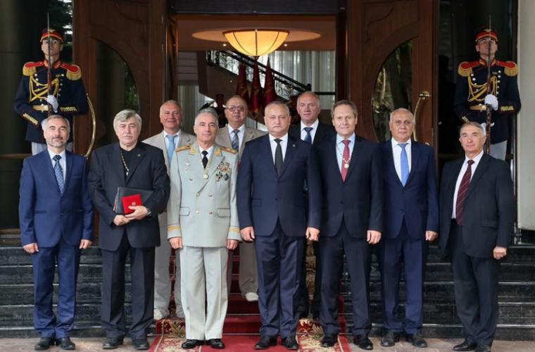 Премьер испикер парламента Молдавии непришли на совещание Совбеза, созванное Додоном