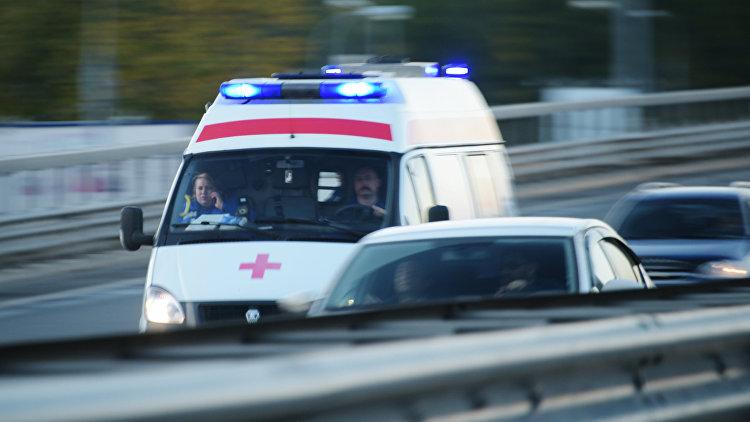 Машина с сыном вылетела смоста изатонула вреке под Москвой