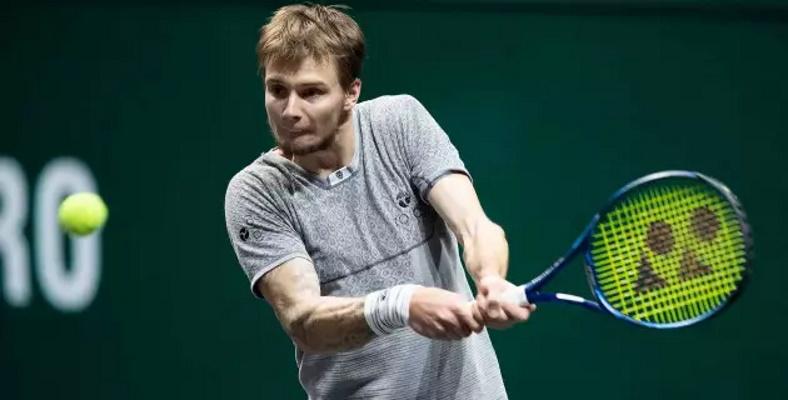 Бублик вытащил первый сет и вышел во второй круг турнира ATP в Мадриде