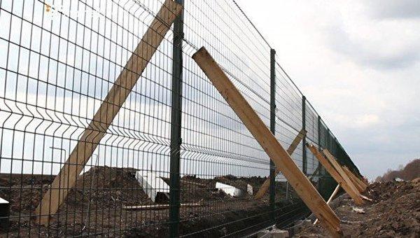ВУкраинском государстве присвоили деньги при строительстве стены сРоссией