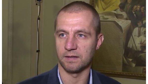 Гаврилюк объяснил, почему ему нехватает депутатской зарплаты