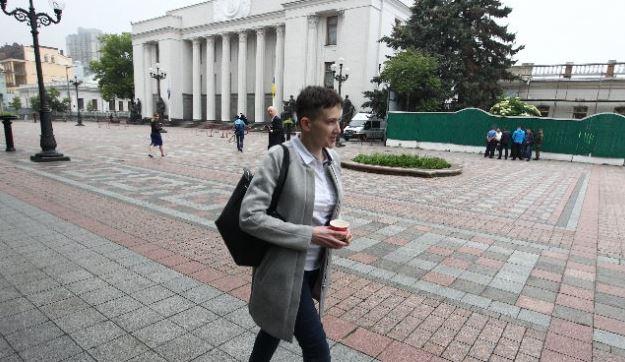 Савченко задекларировали 406,8 тыс. грн доходов втечении этого года