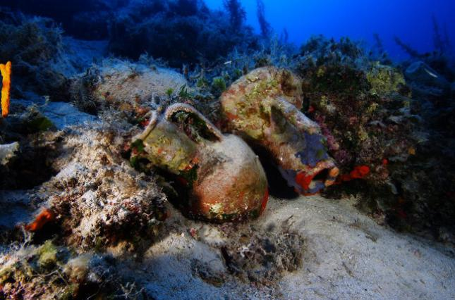 Надне Эгейского моря найдены 23 затонувших корабля