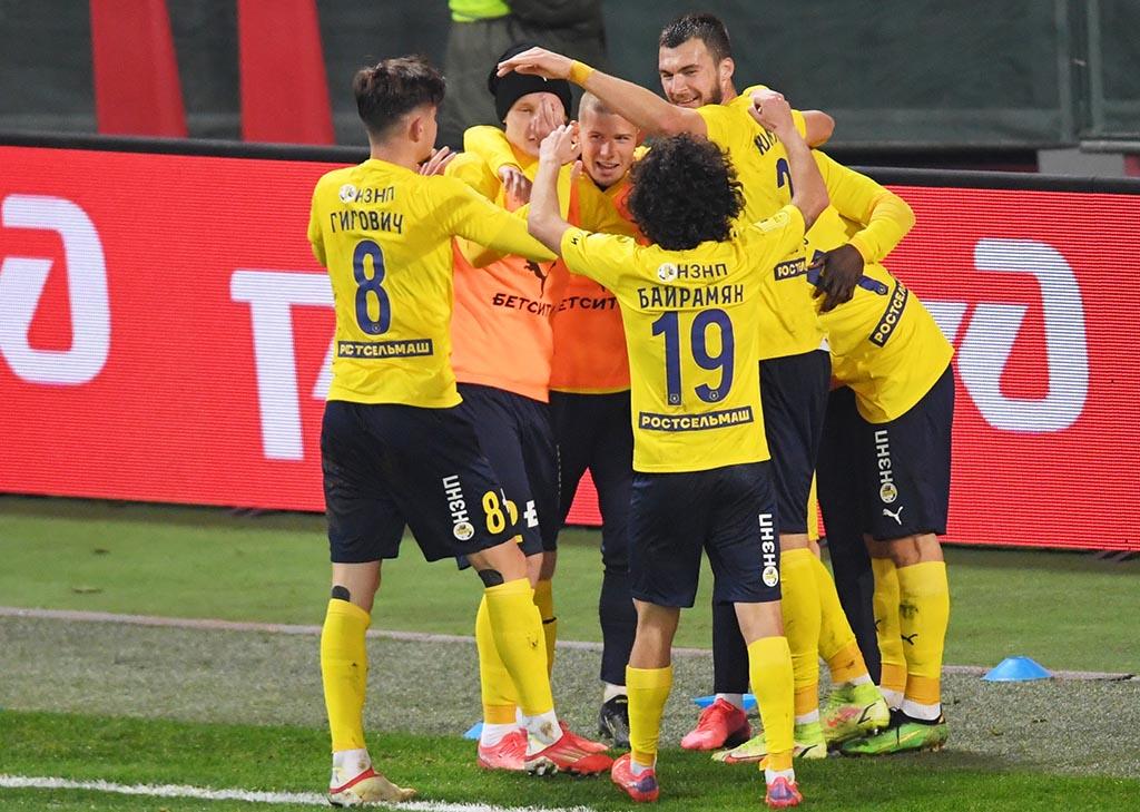 Полоз прибил «Локо» на 88-й — это четвертый гол бывшей команде. Есть первая победа «Ростова» с августа