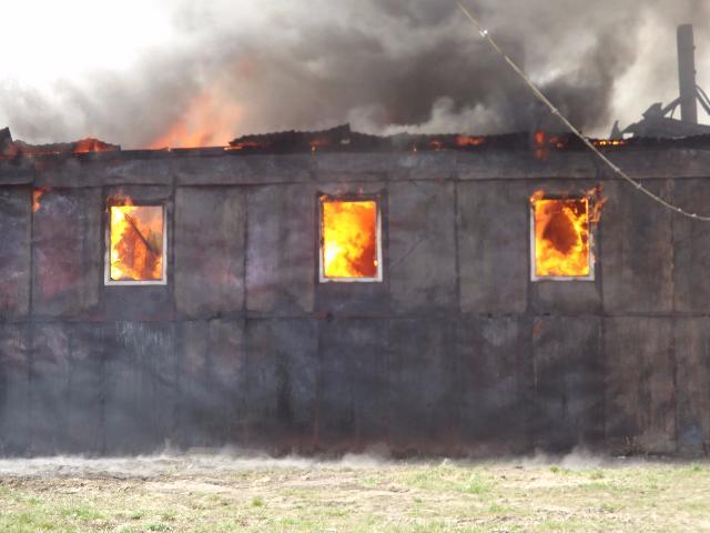 Женщина погибла при пожаре вОктябрьском районе Новосибирска