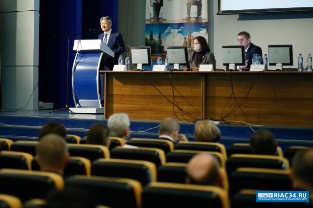 Жить посредствам: проект областного бюджета на 2018-й год прошел публичные слушания