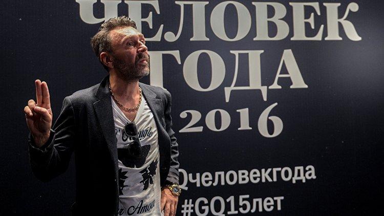 Шнуров хочет открыть свою выставку вмузее «Эрарта»