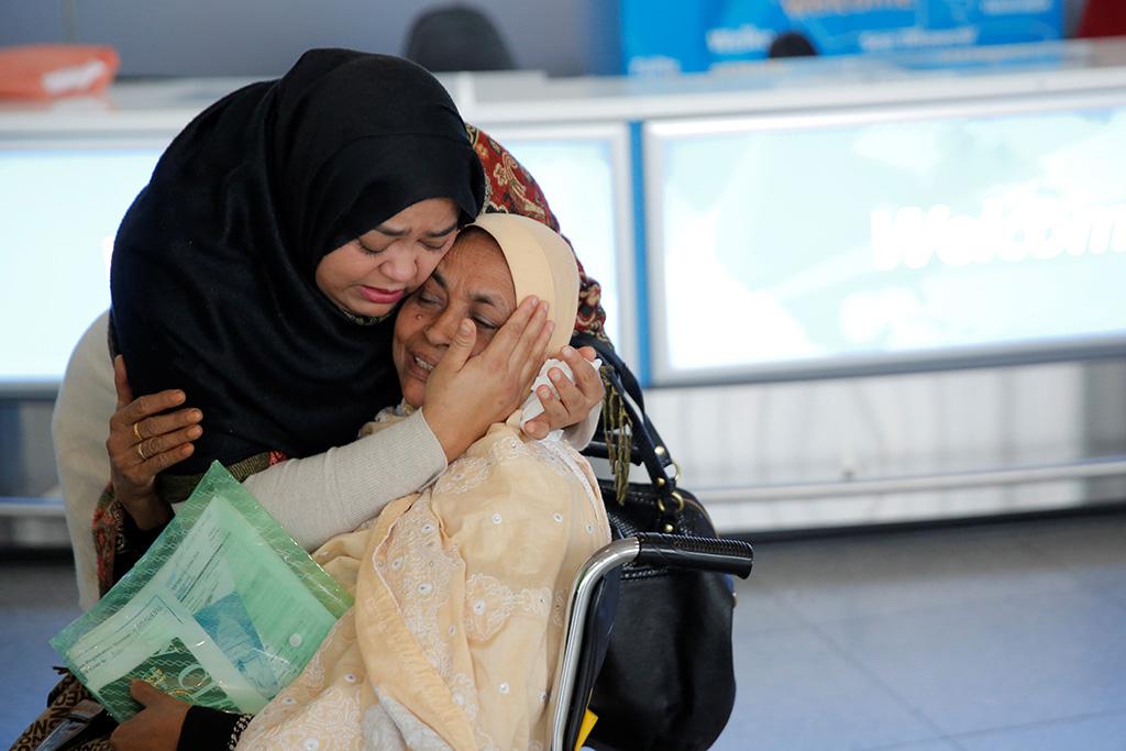 Большинство американцев поддержали указ Трампа о иммиграции - временно запретивший въезд в страну для граждан семи стран с преимущественно мусульманским населением