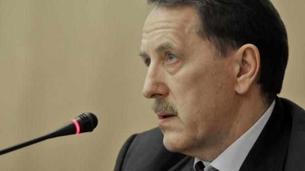 Песков нестал объяснять критику губернатора Гордеева вадрес кабмина