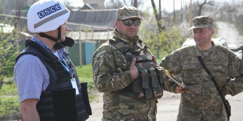 Кремль согласился с Порошенко вооружить миссию ОБСЕ на Донбассе