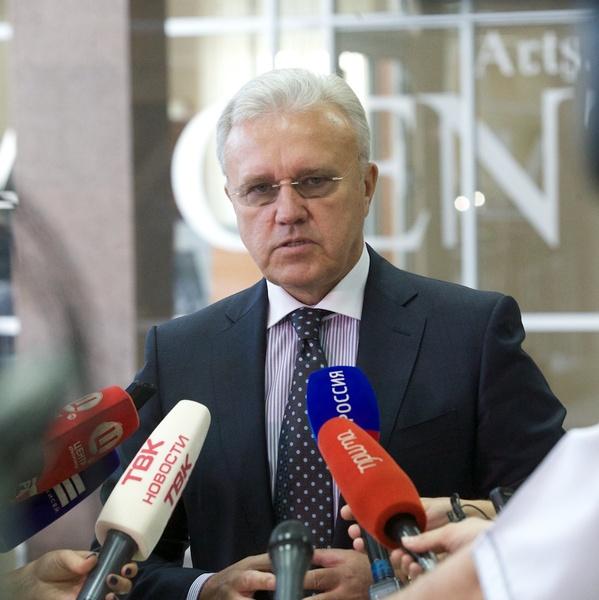 Александр Усс раскритиковал платные парковки вКрасноярске