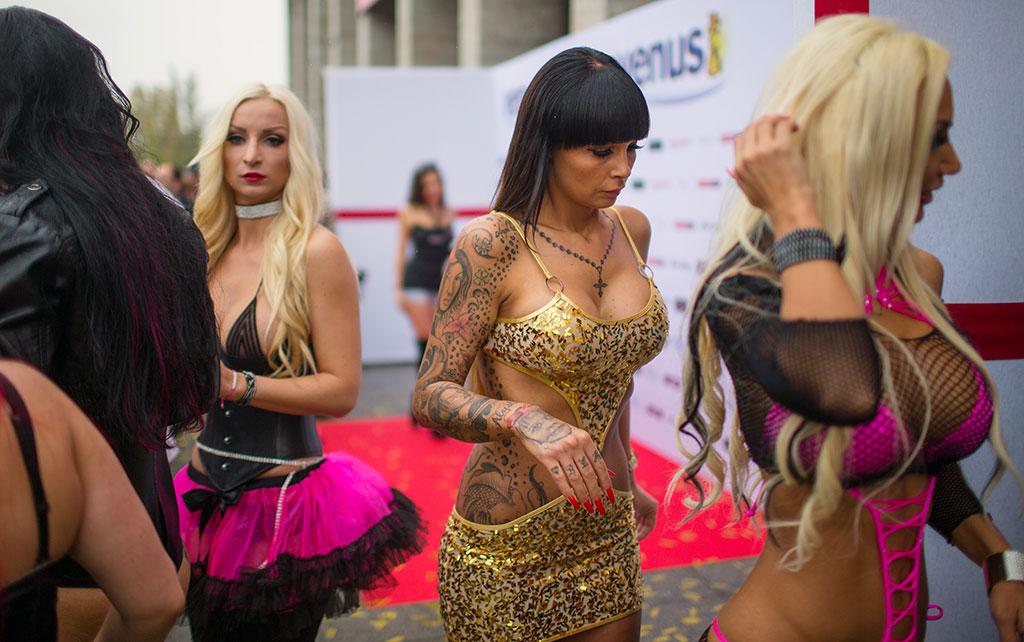 Выстовка порноиндустрии в берлине