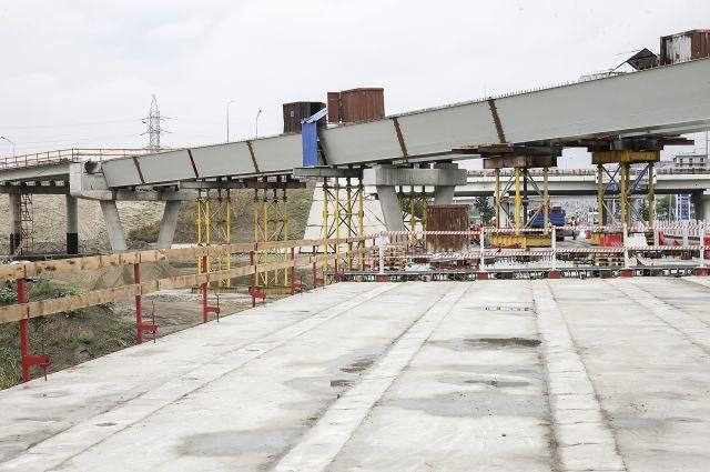 Мост наюжном подъезде кРостову хотят достроить кноябрю