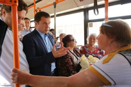 Мэр Иркутска Дмитрий Бердников проверил работу садоводческих маршрутов