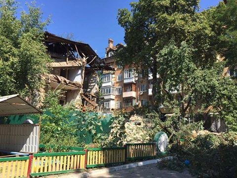 ВКиеве рухнул двухэтажный дом