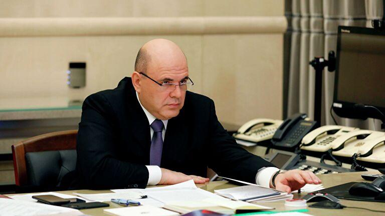 Мишустин поручил за день устранить замечания Путина по выплатам медикам
