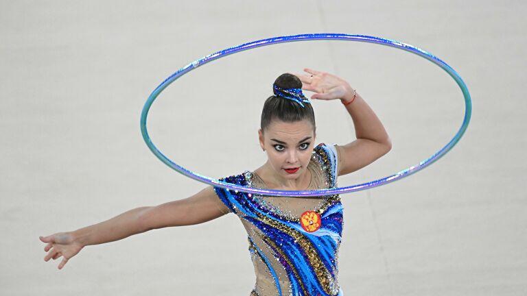 Дина Аверина лидирует на своем первом турнире после Олимпиады