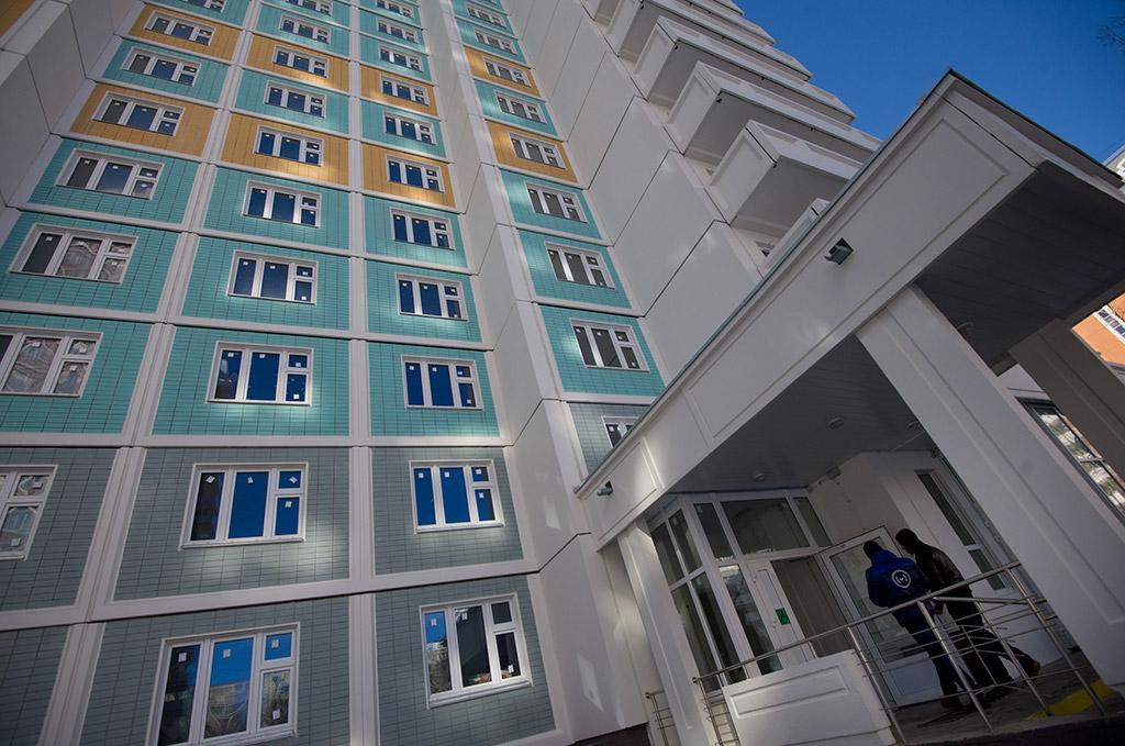 Глава правительства Дмитрий Медведев выступил с поддержкой бессрочной приватизации жилья