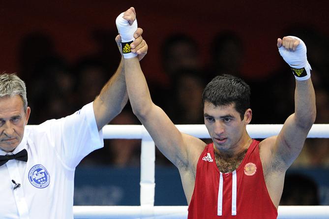 Русский боксер Алоян вполне может стать новым чемпионом WBA влегком весе— Шкаликов