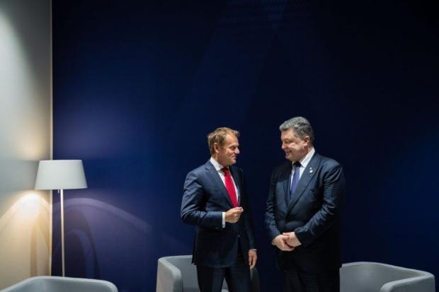 Яценюк призвал заткнуть «слабые голоса» протеста иужесточить санкции против РФ