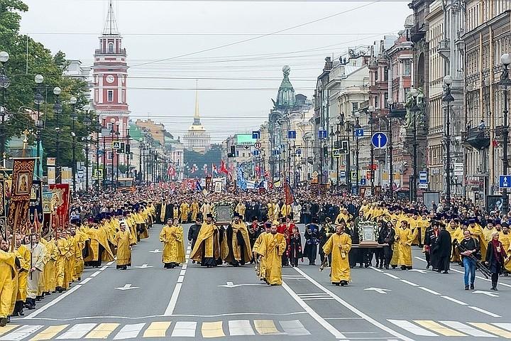ВПетербурге— День перенесения мощей Святого благоверного князя Александра Невского