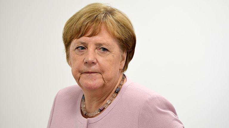 Меркель прокомментировала недавние приступы дрожи