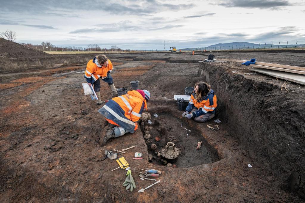 Во Франции археологи обнаружили необычное захоронение ребенка
