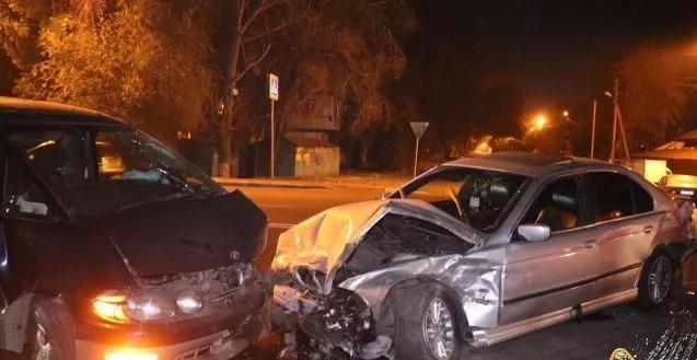 ВДТП сучастием 3-х авто пострадал человек вАлматы