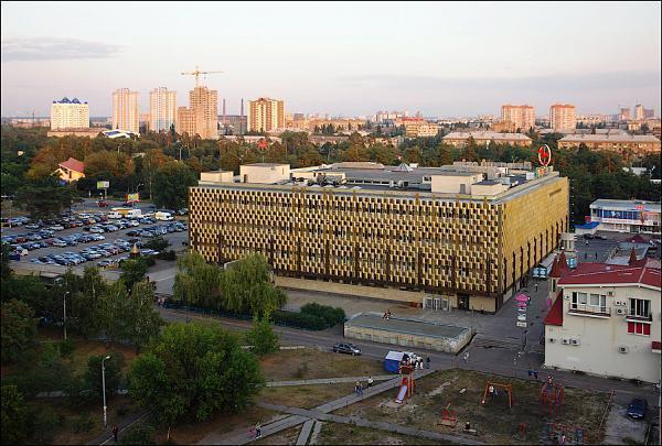 ВКиеве ограбили ювелирный магазин, нападавшие были вмасках