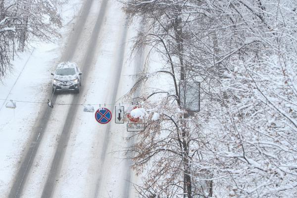 Кличко отчитался обочистке отснега главных дорог имостов столицы Украины