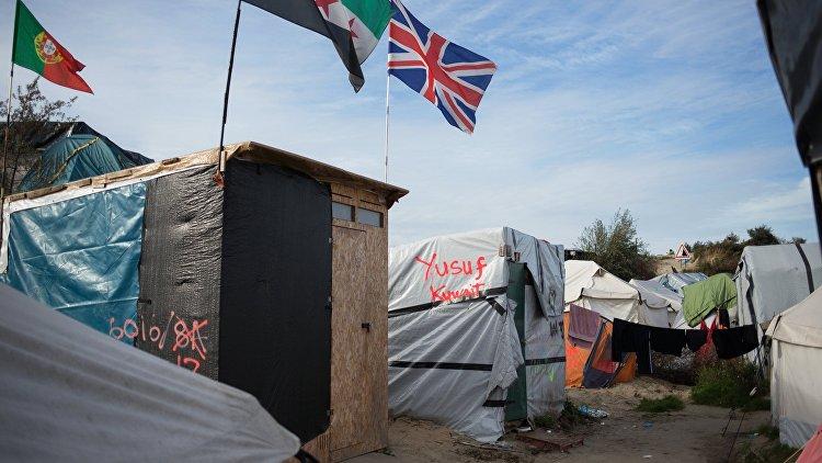 Переводчицу французского репортера изнасиловали вмигрантском лагере вКале
