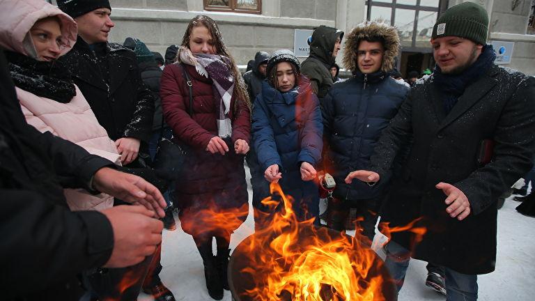 Прикручивать уже нечего: Украина в феврале может остаться без отопления