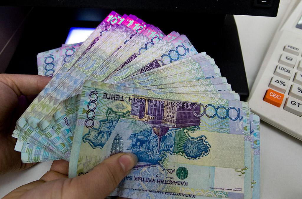 Нацбанк Казахстана будет укреплять тенге по трем направлениям
