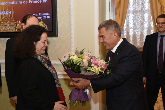 Президент Татарстана встретился сЧрезвычайным иПолномочным Послом Франции в РФ