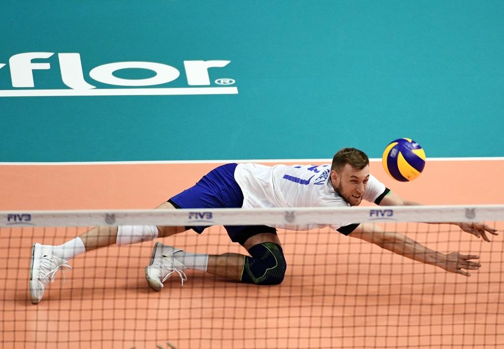 Сборная России по волейболу в пяти сетах проиграла Словении в Лиге наций