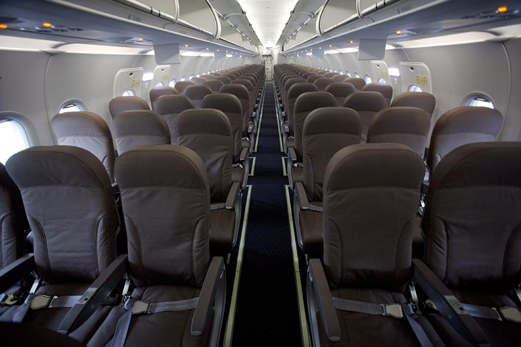 Найдено самое грязное место в самолете