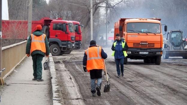 Большой куш: Мэрия начинает поиск подрядчиков накапремонт воронежских дорог