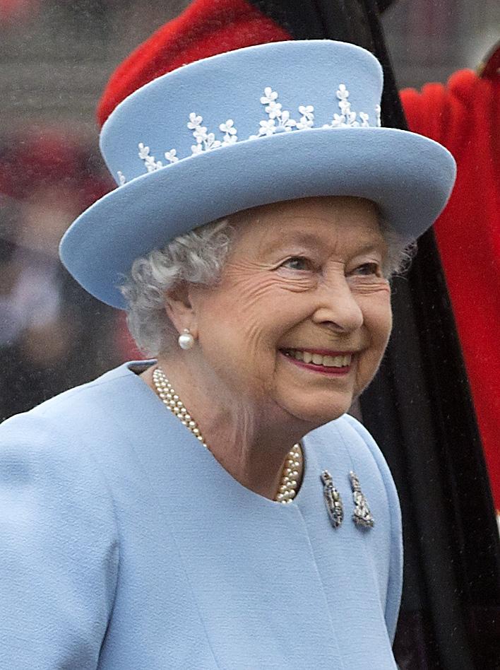 Елизавета II опубликовала вторую за два года запись в Twitter