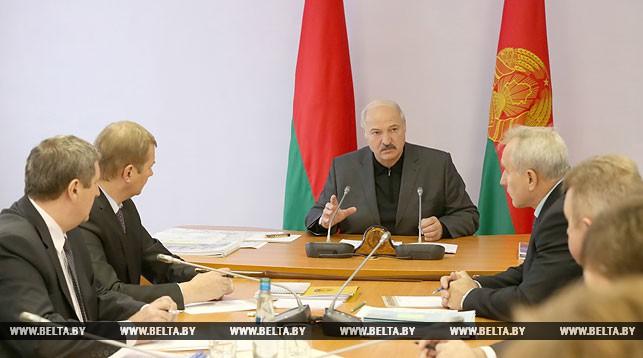 Лукашенко: Вертикаль власти будет вертеться-крутиться, однако результат приносить